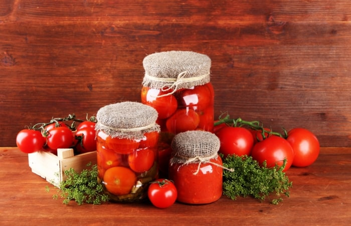 save tomatoes and seeds